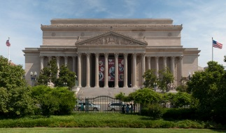 US_National_Archives_Building