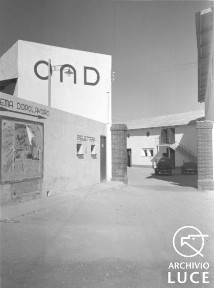 Fig. 19. Archivio Luce, Reparto A.O.I., Serie H.A., Esterni del cinema dell'OND a Dire Daua, febbraio 1928
