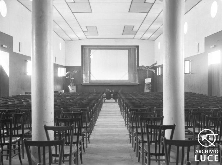 Fig. 20. Archivio Luce, Reparto A.O.I., Serie H.A., Interni del cinema dell'OND a Dire Daua, febbraio 1928