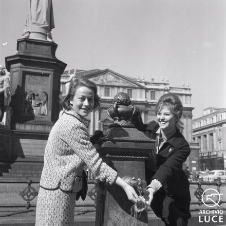 Annie Girardot e Claudia Cardinale